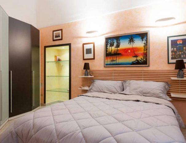 Dettaglio camera appartamento Vittorio Emanuele Turenum Apartment Trani