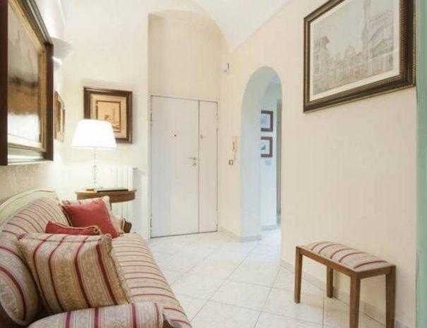 Dettaglio ingresso appartamento Vittorio Emanuele Trani