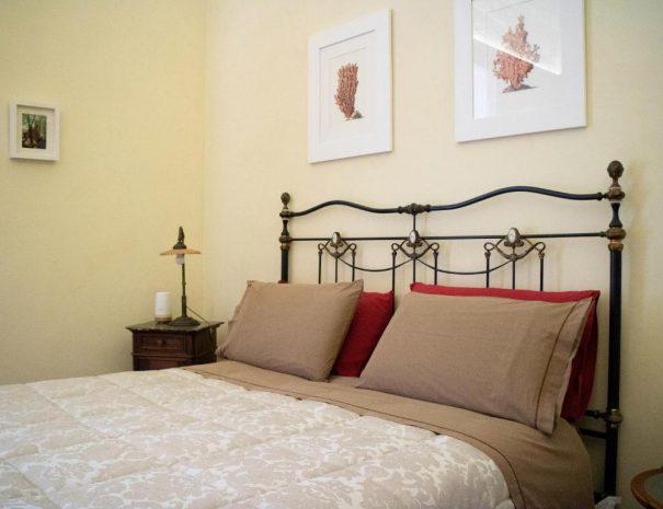 Dettaglio letto Room Principe Amedeo