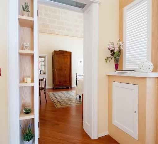 Dettaglio ingresso Room Principe Amedeo Turenum Apartment Trani
